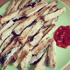 """Believe or not, these aren't chips! They're a Aubergine (Eggplant) """"Fries"""". #WhatTheHack"""