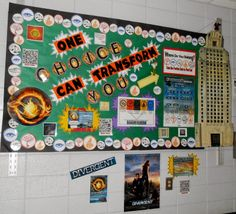 Library Displays: Divergent by Veronica Roth