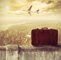 23 travel hacks that save money