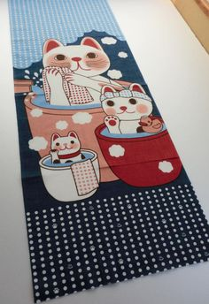 Japan Tenugui fabric Maneki-neko Fortune Cats, limited edicion, Cats taking a bath in a japanes Onsen, japanese fabric, japanese kawaii
