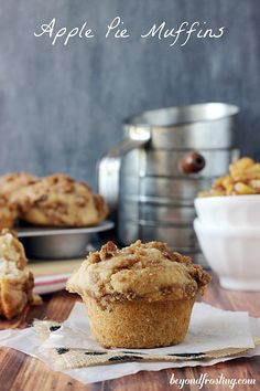 Apple Pie Muffins | beyondfrosting.com