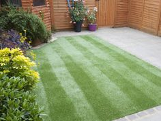 How to easily stripe your lawn --> http://www.hgtvgardens.com/lawn-care/lawn-patrol-pimp-your-grass-with-pinstripes?soc=pinterest