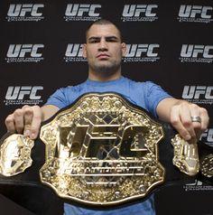 Cain Velasquez UFC Heavyweight Champion