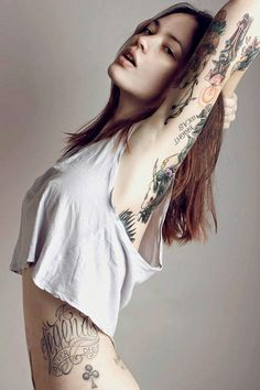 Sexy Tattoo Babe Flexes Her Form #Brunette #Tattoos