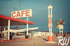 Google Image Result for http://www.rwongphoto.com/blog/wp-content/uploads/2009/11/roys-motel-amboy.jpg roy motel, california, rout 66, route 66, place, amboy