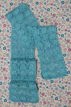 lightweight scarf, perfect for summer - free pattern on @AllFreeKnitting
