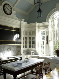 Beautiful. Now that's a kitchen...