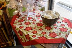 a quick easy table topper tutorial - with mitered borders