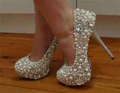 bling bling wedding shoes!