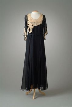 Party Dress, Peggy Hoyt, 1932, The Meadow Brook Hall Historic Costume Collection costum, party dresses, little black dresses, parti dress