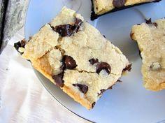 free layered choco chip cookie bars