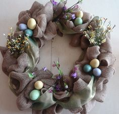 Easter Burlap Wreath. DIY  http://westernborderandcompany.blogspot.com/2013/03/easter-burlap-wreath.html