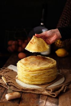 Kanela and Lemon: Lemon and Anise Pancakes 5 medium eggs  Whole milk 1/2l  60g butter, melted  75ml of water  The zest of one lemon  Pinch of salt  50g icing sugar  200g flour  minus the anise