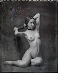 mom san indn nude