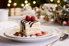 Turn a frozen cake or pie into a festive holiday dessert by adding your own special touch! #HolidayHelper