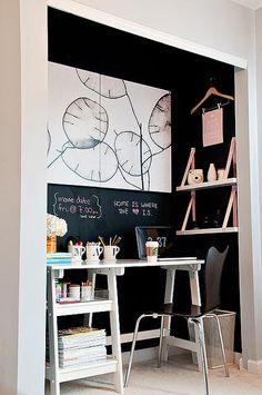 diy ideas, closet doors, chalkboard walls, chalkboard paint, closet office, desk, closet space, scrap room, workspac