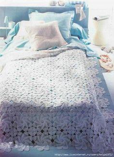 nice bed sheet w/ diagram pattern