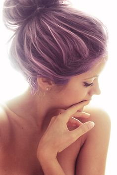 I want to dye my hair this color but I don't think I could pull it off...