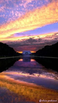 Brilliant sunset colors at the reflecting  pool, Lincoln Memorial, Washington, DC