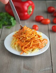 Crock-Pot Roasted Pepper and Tomato Sauce