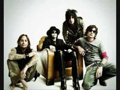 Motley Crue - Paranoid (Ozzy Tribute)