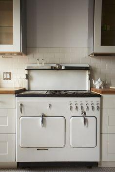 vintage appliances, old stove, vintage stoves, old farmhouses, dream