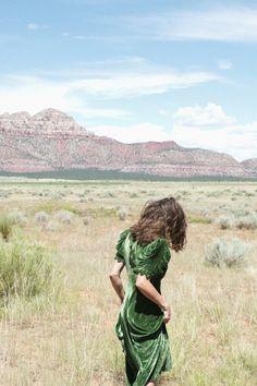 mountain, dream, sleev, the dress, green dress, fashion photographi, boat, brown hair, green velvet