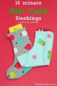 10 Minute Gift Card Stockings with free pattern-  by playpartypin.com