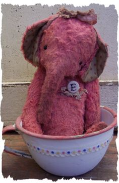 Pink Elephant love Wendy's ellies!