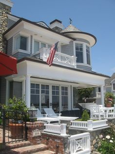 coastal homes, cottag, back patio, balconies, beach houses, newport beach, balboa island, dream houses, porch
