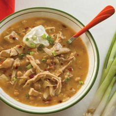 Hearty White Bean Chicken Chili. The slow cooker works well melding the flavors of leftover chicken, beans, fresh herbs and seasonings for a simple white chicken chili. sour cream, bean chicken, fall recipes, white chicken chili, slow cooker recipes, white bean, hearti white, rotisserie chicken, green onions