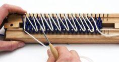 criss cross stitch.  http://www.lionbrand.com/patterns/kbChunkyFooties.html