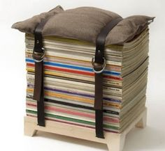 #genius cute seat out of old magazines! by jessica