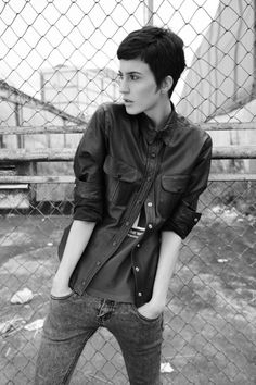 Androgynous, deal with it.