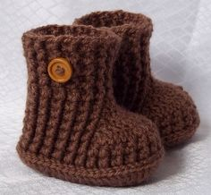 Crochet baby booties boots. No pattern.