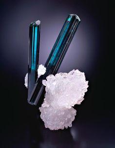 Blue tourmaline <3
