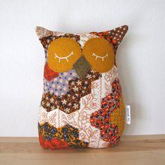 owl pillow owl plush - vintage patchwork fabric softie.   THIS!!!