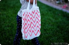 easy DIY painted bags!