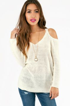fashion, shoulder overs, overs sweater, style, cloth, closet, oversized sweaters, cute oversized sweater outfits, cold shoulder
