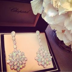 Chopard opal and diamond earrings that Cate Blanchett wore to the Academy Awards