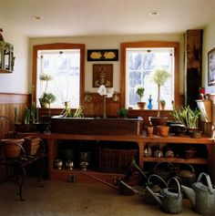 Bunny Williams - Potting shed