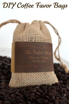 party favors, coffee lovers, favor bags, wedding favors, coffee beans, burlap bags, bag tutorials, coffee bags, diy wedding