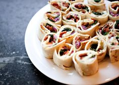 spinach, cream cheese and bacon tortilla rolls