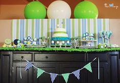 big ball, parti dessert, parti guid, golf parti, ball birthday table