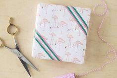 Free Printable Flamingo Gift Wrap