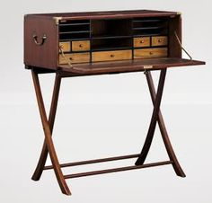 Portable writing desk! Oh me oh my!