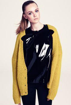 Frida Gustavsson, yellow cardigan #sleek