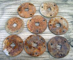 Rusty 21/2 Round Disks  Industrial Salvage by HighDesertRust, $7.00 #assemblage #rusty #supplies #industrialsalvage #salvage #crafting