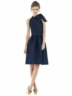 Navy Blue Chiffon Bridesmaid Dresses | Navy blue bridesmaid dresses, but with yellow shoes.