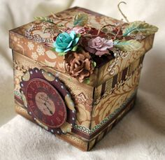 Georgeous exploding box by Louise